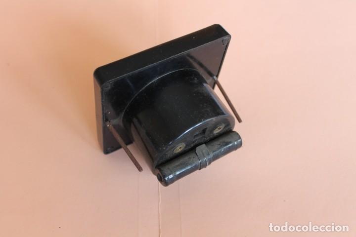 Antigüedades: VOLTIMETRO. MEDIDOR DE CORRIENTE ELECTRICA DE 0 a 260 VOLTS. AÑOS 50. FABRICA SILEX. MOD. C-10. - Foto 5 - 247706175