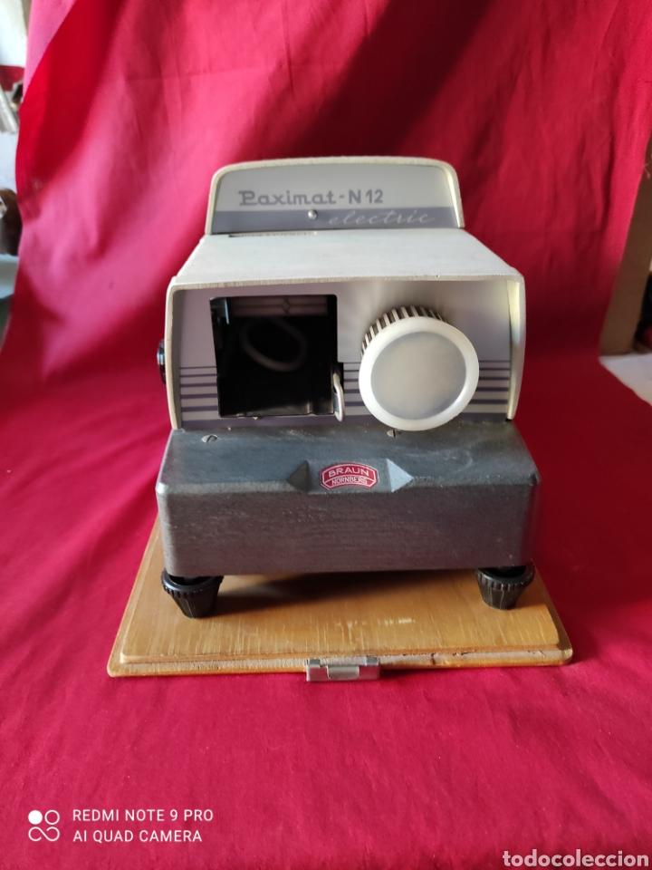 Antigüedades: Antiguo proyector de diapositivas la marca BRAUN NURNBERG MODELO Paximat- n⁰ 12 - Foto 2 - 247739665