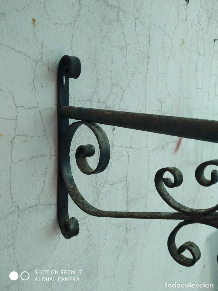 Antigüedades: soporte farol hierro brazo para farola escuadra cartel, lampara, casa rural - Foto 3 - 247744455