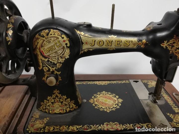 Antigüedades: ANTIGUA MAQUINA DE COSER JONES de 1900-1915 FUNCIONADO, PERO LE FALTA LA AGUJA, REALMENTE BONITA Y E - Foto 10 - 248153135