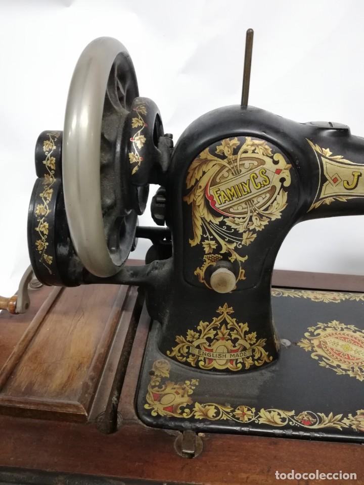 Antigüedades: ANTIGUA MAQUINA DE COSER JONES de 1900-1915 FUNCIONADO, PERO LE FALTA LA AGUJA, REALMENTE BONITA Y E - Foto 11 - 248153135