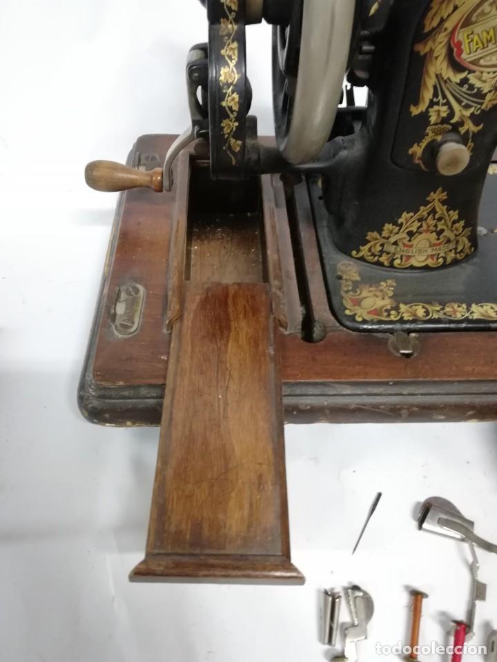 Antigüedades: ANTIGUA MAQUINA DE COSER JONES de 1900-1915 FUNCIONADO, PERO LE FALTA LA AGUJA, REALMENTE BONITA Y E - Foto 16 - 248153135