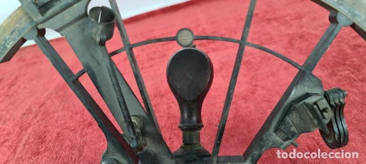 Antigüedades: SEXTANTE. E. LOVREUX. SUCC. DE SCHWARTZ. PARIS Nº 534. BRONCE. SIGLO XIX. - Foto 2 - 248193710