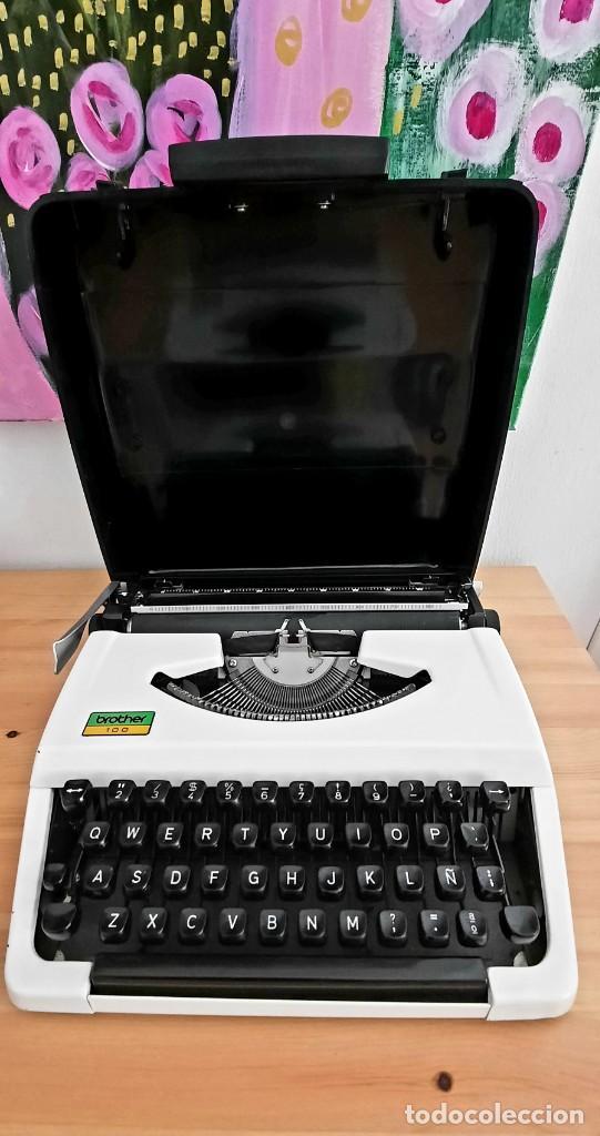 Antigüedades: Maquina de escribir manual BROTHER 100 - Foto 2 - 249288095