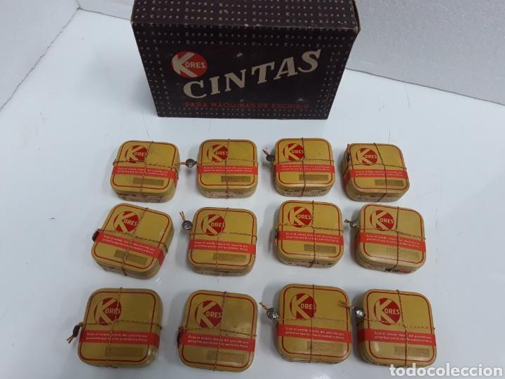 Antigüedades: Caja con 12 cintas antiguas maquina continental 16 mm. - Foto 3 - 248787010