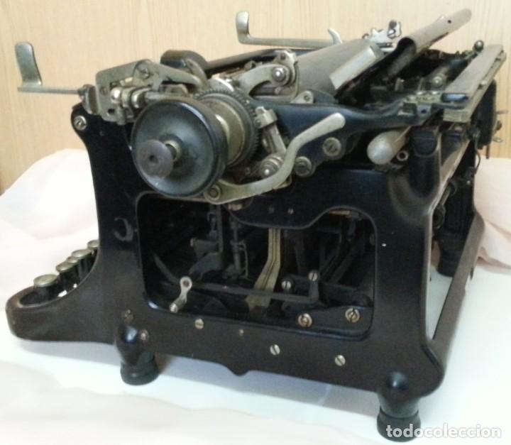 Antigüedades: Máquina de escribir antigua. Marca Continental. Buen estado. - Foto 3 - 250113785
