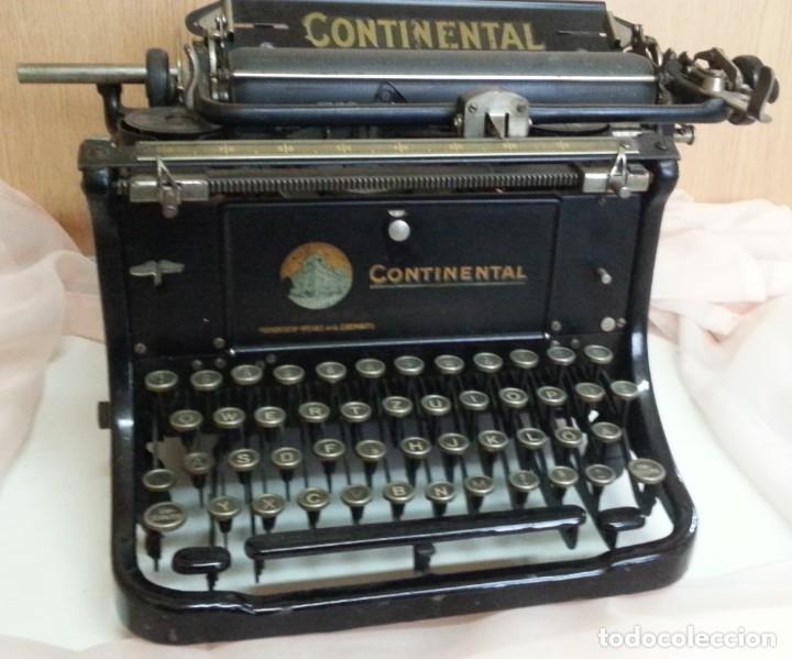 Antigüedades: Máquina de escribir antigua. Marca Continental. Buen estado. - Foto 6 - 250113785