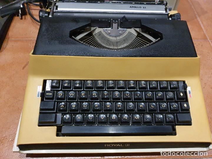 MÁQUINA DE ESCRIBIR ELECTRICA ROYAL APOLLO 11 FUNCIONANDO (Antigüedades - Técnicas - Máquinas de Escribir Antiguas - Royal)