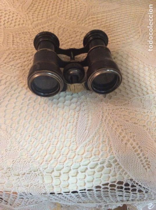 Antigüedades: Antiguos binoculares o prismáticos. Principio de siglo XX. Metal y piel. Color dominante negro - Foto 5 - 251065375