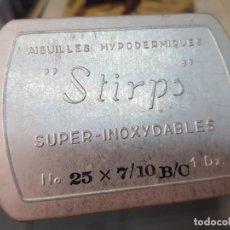 Antiquités: ANTIGUA CAJA AGUJAS HIPODERMICAS MEDICO PRACTICANTE STIRPS. Lote 251129435