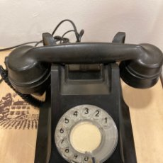 Teléfonos: MAGNIFICO TELÉFONO DE BAQUELITA NEGRO INGLÉS. Lote 251432700