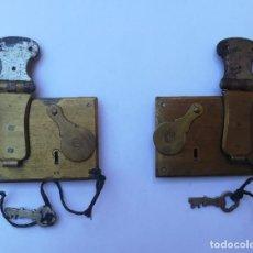 Antigüedades: ANTIGUAS CERRADURAS DE BRONCE. Lote 251471365