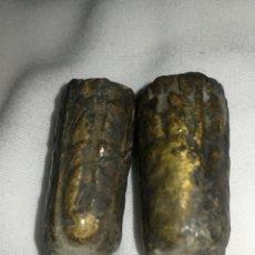 Antigüedades: EMBELLECEDORES MACIZOS PARA PATAS MUEBLE ANTIGUO, S XIX.. Lote 251730235