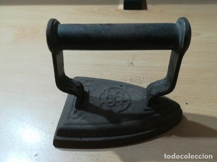 PLANCHA / 13X 8,5 CM / / CONS009 (Antigüedades - Técnicas - Planchas Antiguas - Hierro)