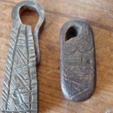 Antigüedades: DOS PONDERALES. Lote 251841145