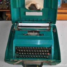Antigüedades: ANTIGUA MÁQUINA DE ESCRIBIR OLIVETTI STUDIO 45 EN MALETA CON SU LLAVES. Lote 252066435