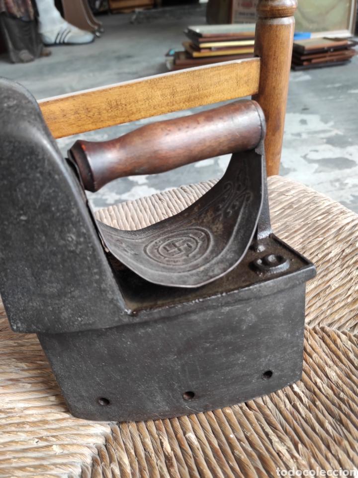 Antigüedades: ANTIGUA PLANCHA CON ESVASTICA FINALES XIX - Foto 4 - 252494040