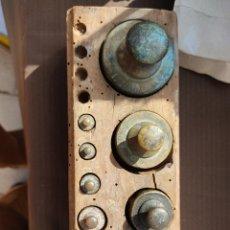 Antigüedades: LOTE PESAS ANTIGUAS. Lote 252595770