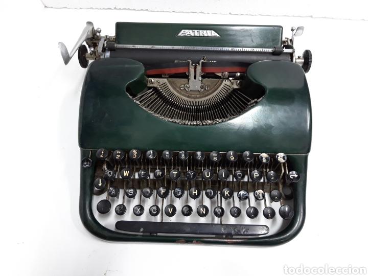 MAQUINA DE ESCRIBIR, TYPEWRITER, SCHREIBMASCHINEN, MACHINE Á ÉCRIRE PATRIA (Antigüedades - Técnicas - Máquinas de Escribir Antiguas - Patria)