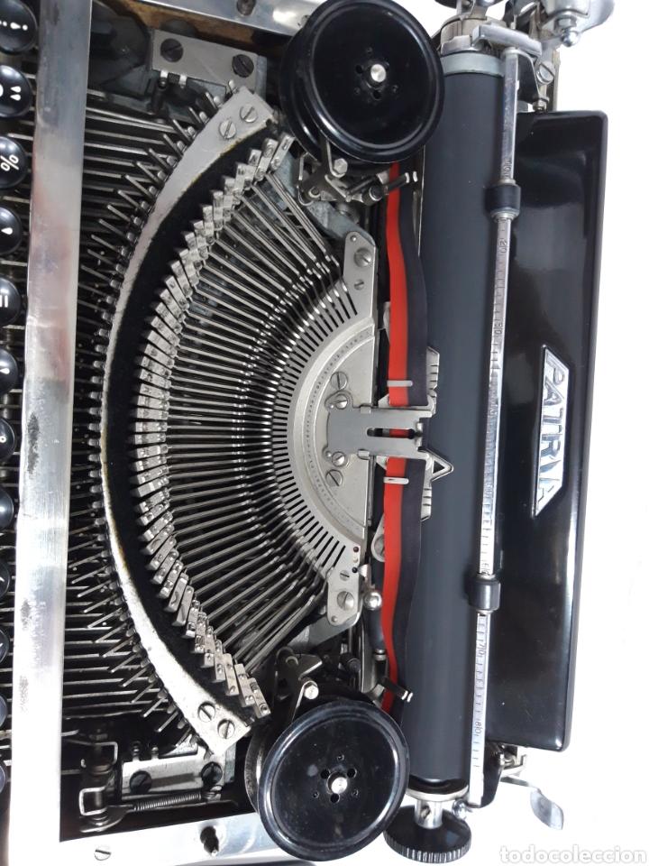 Antigüedades: Maquina de escribir PATRIA - Foto 3 - 252991815