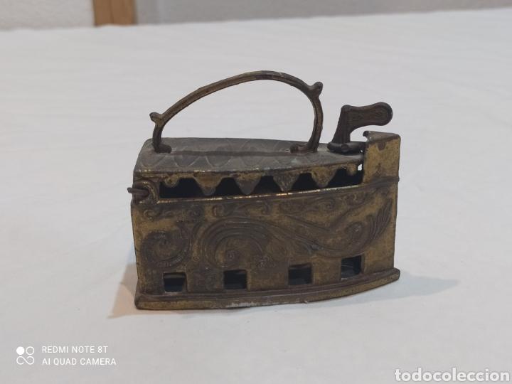 Antigüedades: Bonita plancha de bronce decorativa - Foto 4 - 253079570