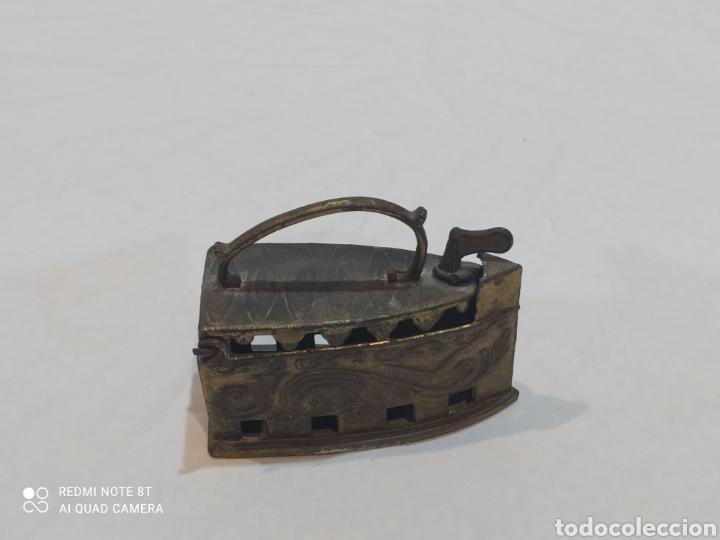 Antigüedades: Bonita plancha de bronce decorativa - Foto 5 - 253079570