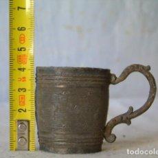 Antigüedades: ANTIGUO VASO MEDIDOR MEDIDA ANTIGUA. Lote 253142565