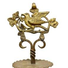 Antiquités: ANTIGUO CENTRO DE HIERRO FORJADO Y BRONCE - SIGLO XIX. Lote 253181535
