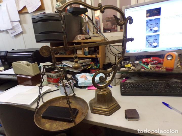 Antigüedades: bascula balanza de farmacia romana de un plato de bronce - Foto 2 - 253265415