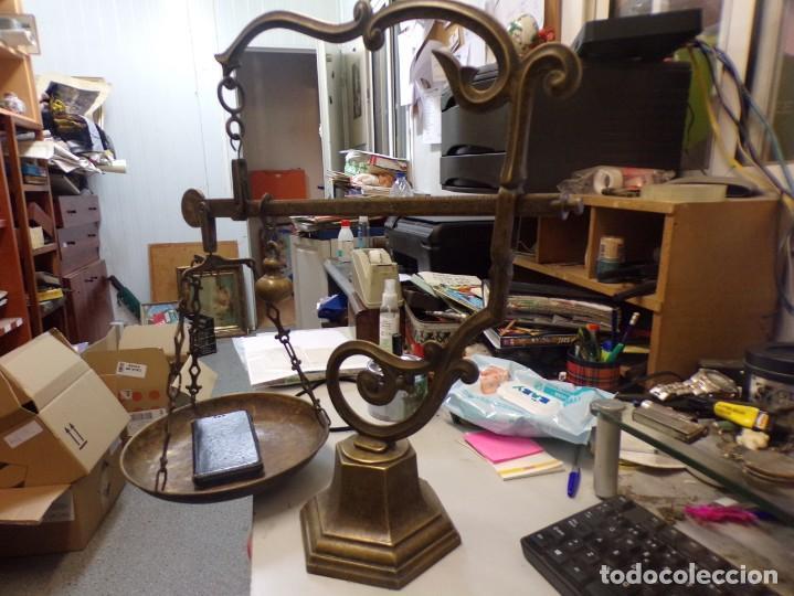 Antigüedades: bascula balanza de farmacia romana de un plato de bronce - Foto 8 - 253265415