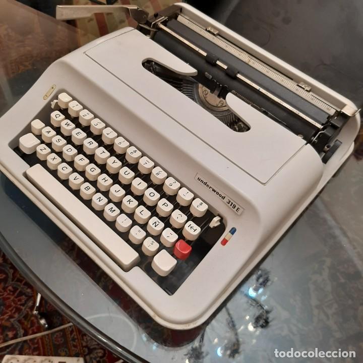 Antigüedades: Máquina de escribir Underwood E319 - Foto 2 - 253301305