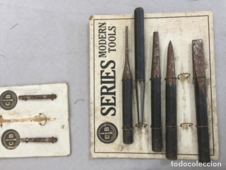 Antigüedades: Antiguos MUESTRARIOS DE TORNILLOS , HERRAMIENTAS, PPIOS SIGLO XX - Foto 3 - 253349750