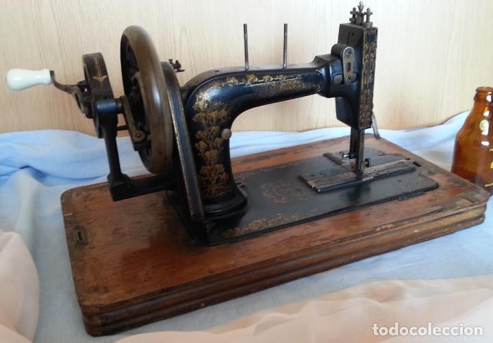 MÁQUINA DE COSER ANTIGUA MARCA FRISTER & ROSSMANN. (Antigüedades - Técnicas - Máquinas de Coser Antiguas - Frister & Rossmann)
