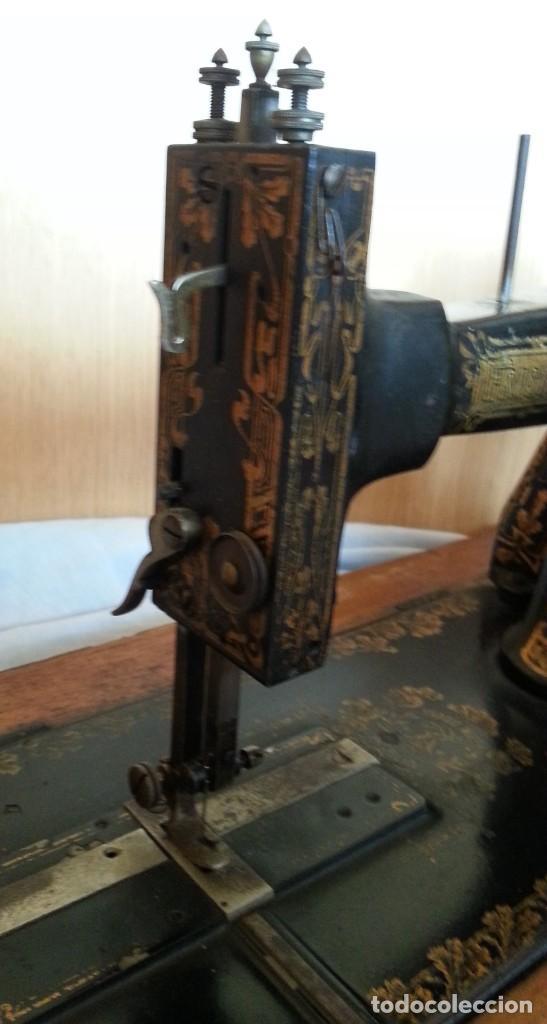 Antigüedades: Máquina de coser antigua marca Frister & Rossmann. - Foto 8 - 253565500