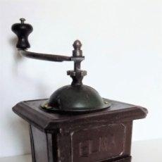 Antigüedades: MOLINILLO DE CAFÉ DE CHAPA MARCA ELMA. MODELO 1416. TAMAÑO 0. ESPAÑA. CA. 1924/1945. Lote 253726110