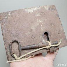 Antigüedades: CERRADURA FORJA SIGLO XIX -CON SU LLAVE-------REF-MO. Lote 253810320