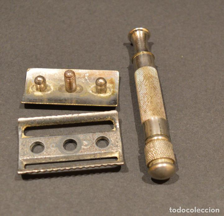 Antigüedades: BARBERIA ANTIGUO NECESER AFEITADO MAQUINILLA SOPORTE Y CUCHILLAS DE AFEITAR - Foto 10 - 253830990