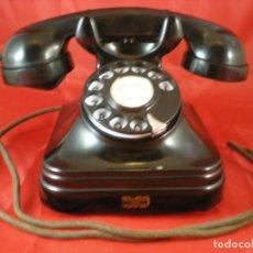 Téléphones: TELEFONO SOBREMESA STANDARD ELECTRICA CTNE - 1954 - BAQUELITA - FUNCIONA. Lote 253870915