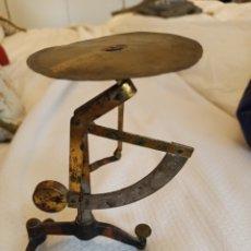 Antigüedades: BALANZA PARA CARTAS. Lote 253903535