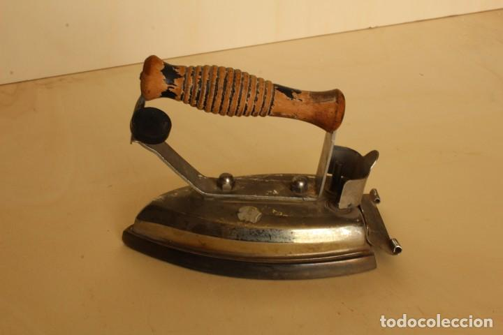 Antigüedades: ANTIGUA PLANCHA MARCA FUEGO - Foto 2 - 254156205