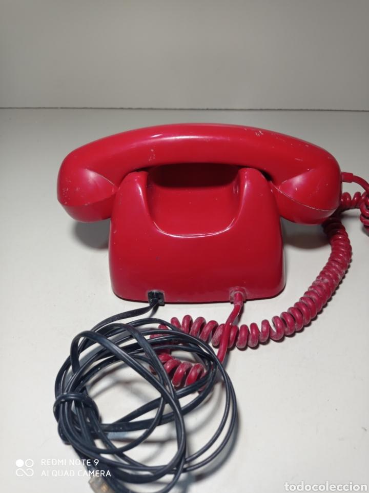 Teléfonos: Teléfono heraldo rojo de teclas de CTNE, Compañía Telefónica Nacional Española. El de línea directa. - Foto 6 - 254306575