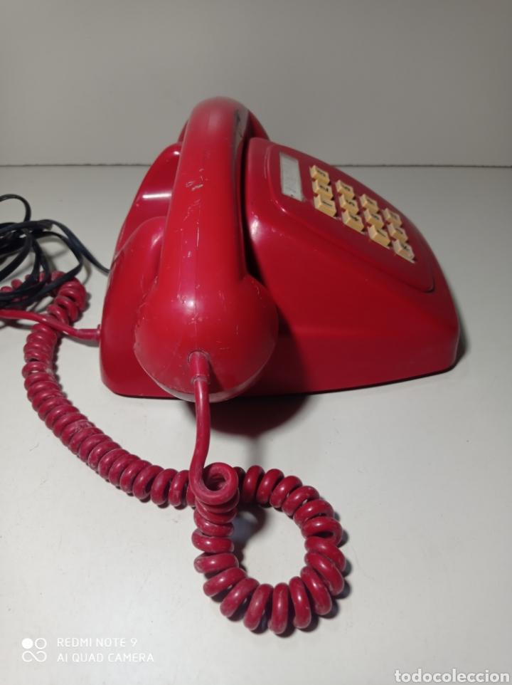 Teléfonos: Teléfono heraldo rojo de teclas de CTNE, Compañía Telefónica Nacional Española. El de línea directa. - Foto 7 - 254306575