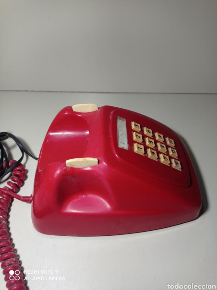 Teléfonos: Teléfono heraldo rojo de teclas de CTNE, Compañía Telefónica Nacional Española. El de línea directa. - Foto 8 - 254306575