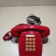 Teléfonos: TELÉFONO HERALDO ROJO DE TECLAS DE CTNE, COMPAÑÍA TELEFÓNICA NACIONAL ESPAÑOLA. EL DE LÍNEA DIRECTA.. Lote 254306575