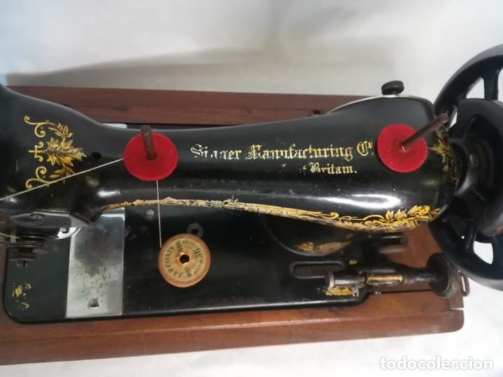 Antigüedades: SINGER MANUFACTURING COM. FABRICADA EN GRAN BRETAÑA (UK) 1910 - Foto 3 - 254339000