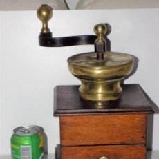 Antigüedades: GRAN MOLINILLO FLAMENCO DE CAFÉ, FABRICADO EN ROBLE MACIZO. BÉLGICA FRANCIA/HOLANDA. CA. 1800/1850.. Lote 254342685