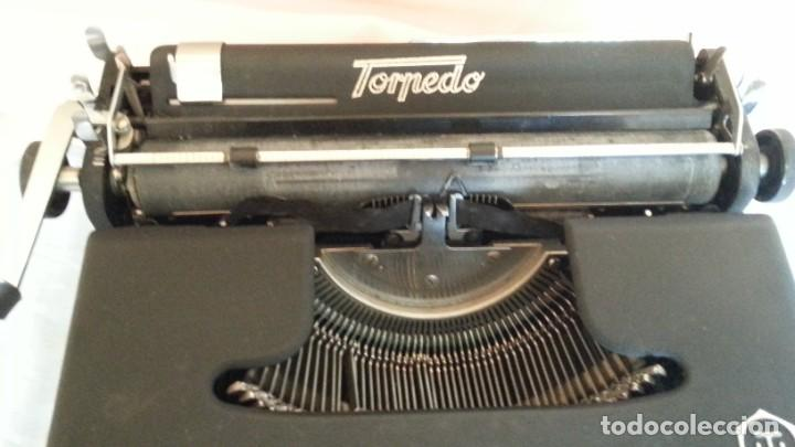 Antigüedades: Máquina escribir antigua. Marca Torpedo. Años 60. - Foto 3 - 254366735