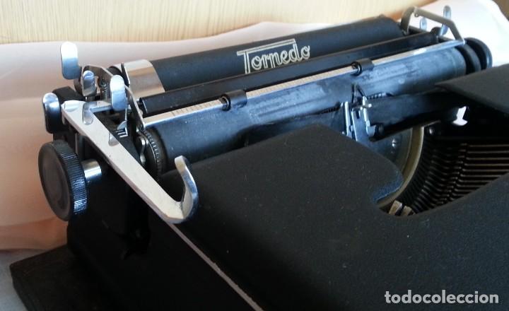 Antigüedades: Máquina escribir antigua. Marca Torpedo. Años 60. - Foto 8 - 254366735