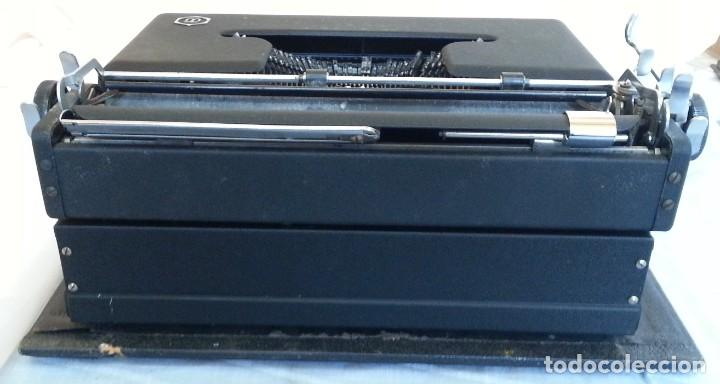 Antigüedades: Máquina escribir antigua. Marca Torpedo. Años 60. - Foto 11 - 254366735