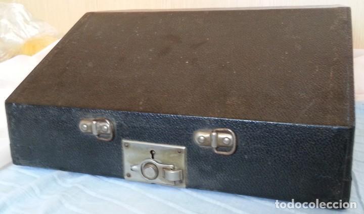 Antigüedades: Máquina escribir antigua. Marca Torpedo. Años 60. - Foto 12 - 254366735